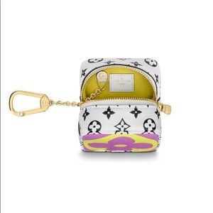 Louis Vuitton Cube Coin Purse M67669